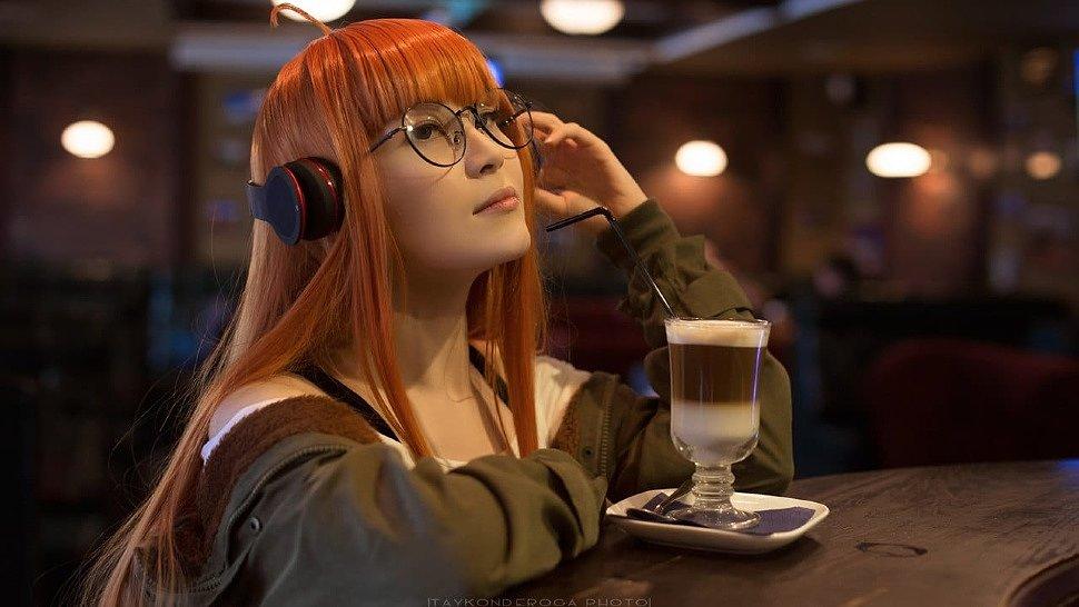 Russian Cosplay: Ann Takamaki & Futaba Sakura (Persona 5)
