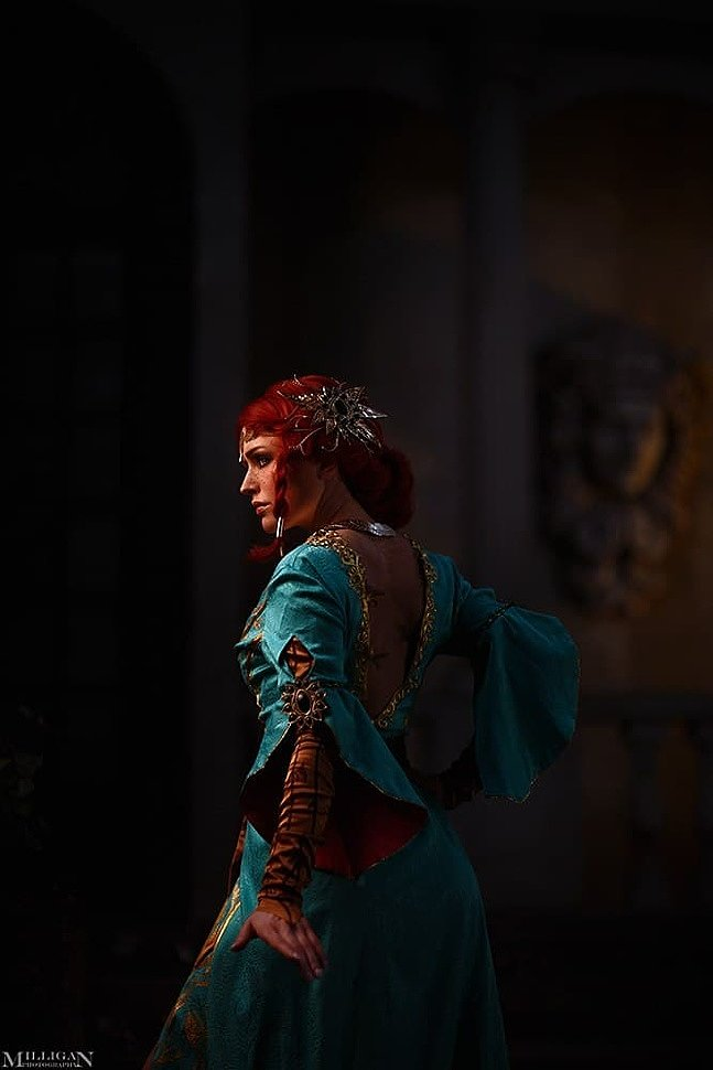 Russian Cosplay: Triss Merigold (The Witcher 3: Wild Hunt)