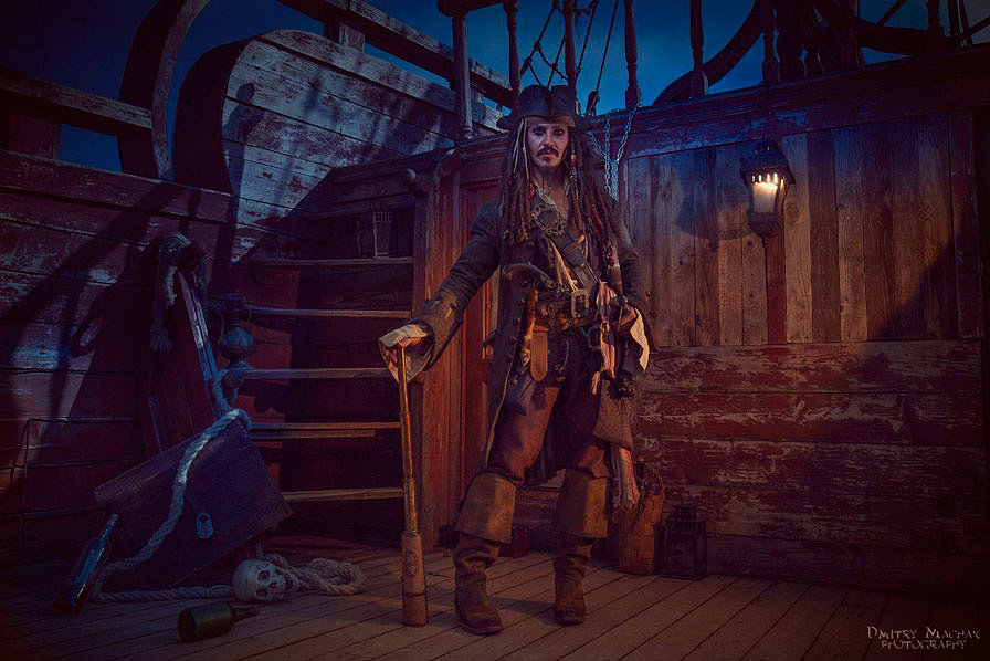 Russian Cosplay: Captain Jack Sparrow (Pirates of the Caribbean)