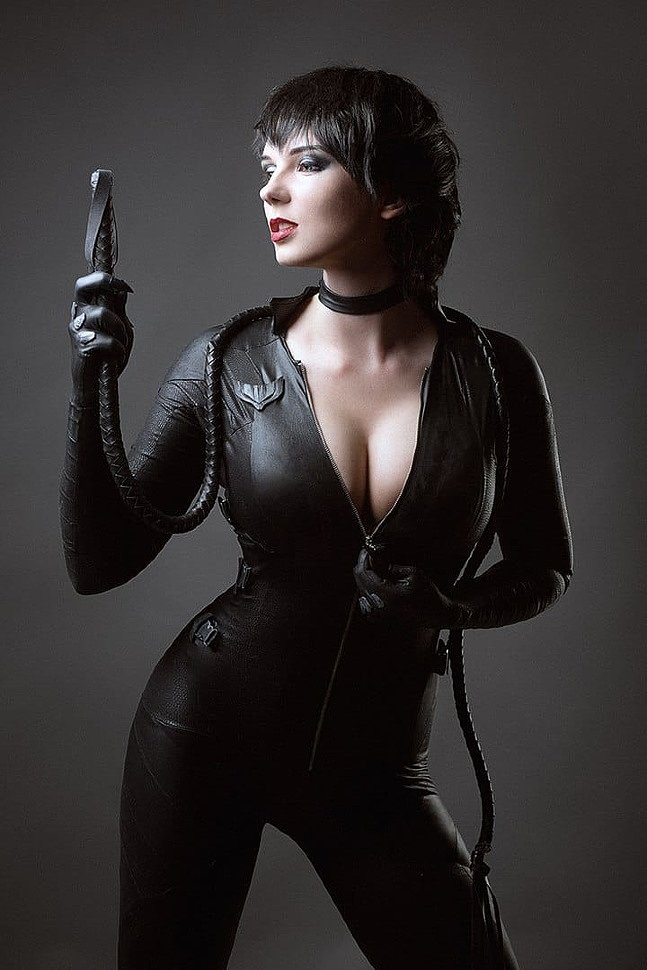 Russian Cosplay: Catwoman (DC Comics)