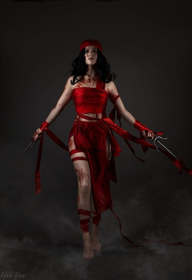 Russian Cosplay: Elektra Natchios (Marvel Comics)