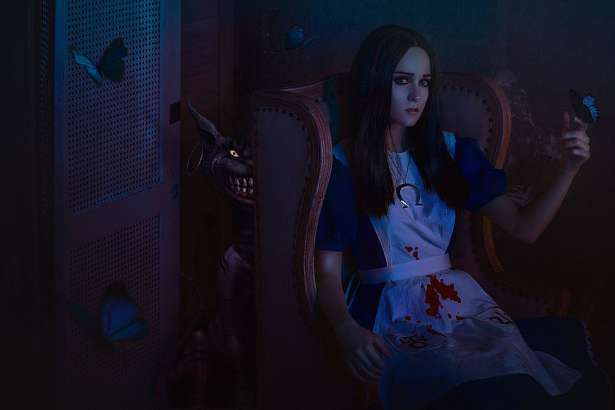Russian Cosplay: Alice Liddell (Alice: Madness Returns)