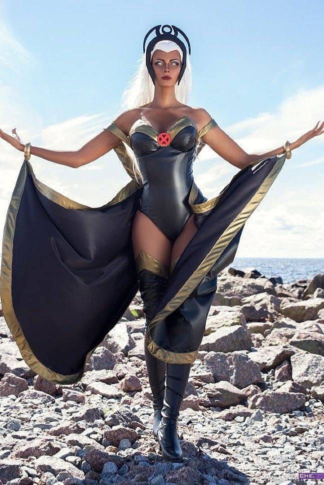 Russian Cosplay: Storm variations (X-Men)