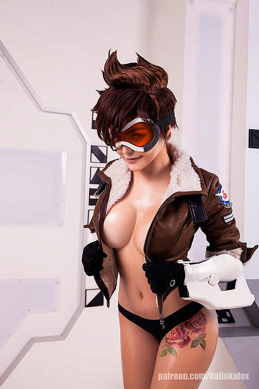 Russian Cosplay: Tracer (Overwatch) 18+