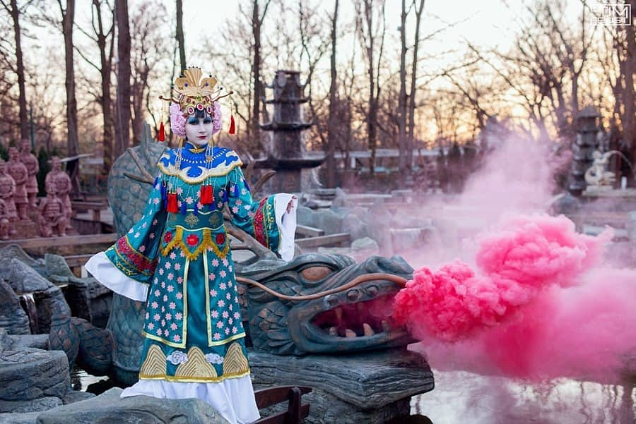 Russian Cosplay: Kirin (Petshop of Horrors)