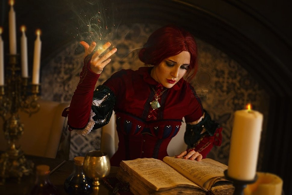 Russian Cosplay: Triss (The Witcher, book)