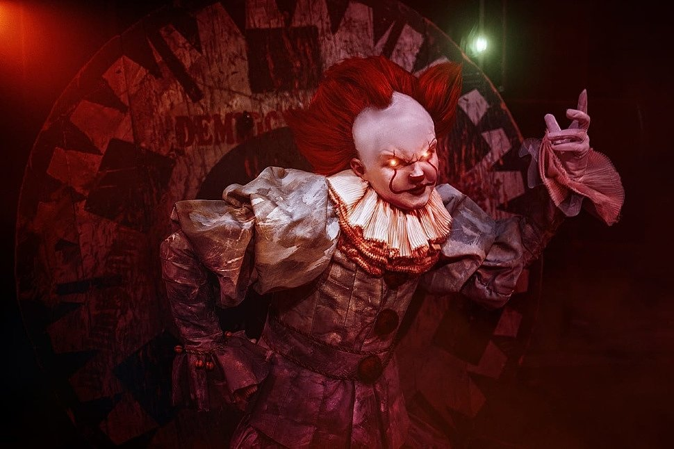 Russian Cosplay: Pennywise (IT)