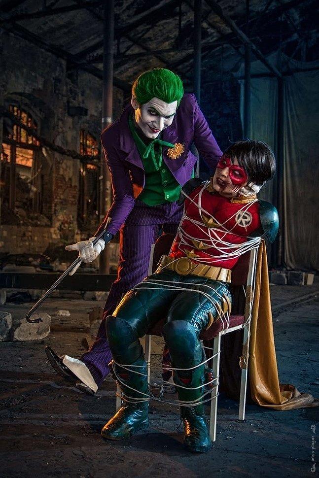 Russian Cosplay: Joker, Robin, Batman (DC Comics)